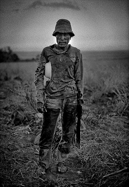 Sugar cane cutter.  Negros, Philippines 1987